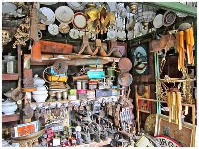 pasar barang antik