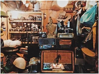 pasar triwindu pusatnya barang antik di solo
