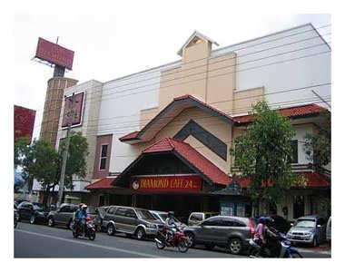 Diamond International Restaurant and Café