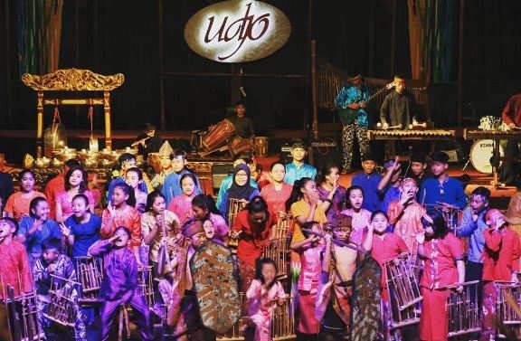 Saung Angklung Udjo, Pusat Wisata Budaya Lengkap di Bandung