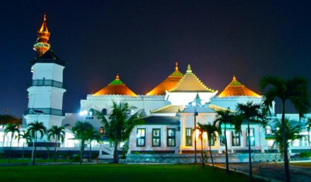 Masjid Agung Sultan Badaruddin I